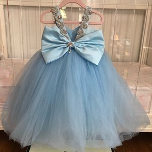 itty bitty toes Dresses - Itty Bitty Toes Princess Bianca Dress 6-12 months